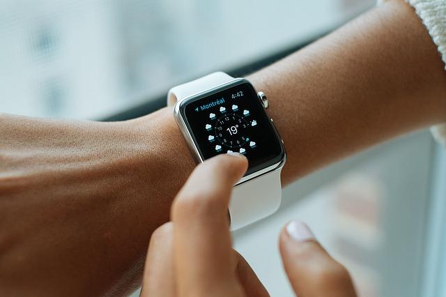 Damski zegarek na wyprawę w nieznane