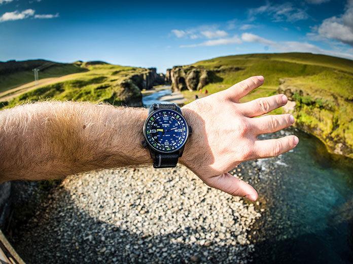 Taktyczna przygoda z zegarkiem traser